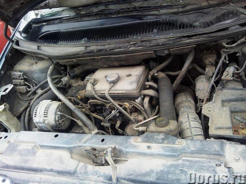 Продам б. у. запчасти для Chrysler Voyager 1997г. ТНВД, стекла с правой стороны, двери с правой стор..., фото 3